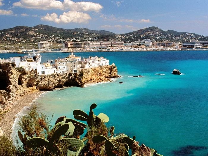 4. İbiza, İspanya