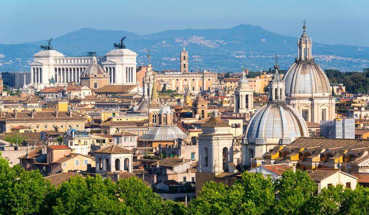 10. İtalya, Avrupa'nın en çok turist çeken ülkelerinden biridir.