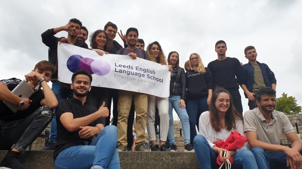 3. İngiltere'de bulunan Leeds English Dil Okulu benim serüvenimin bir parçası oldu.