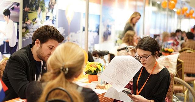 Türk Öğrenciler Kanada ve İrlanda'nın En İyi Şirketlerinde İş Buluyor