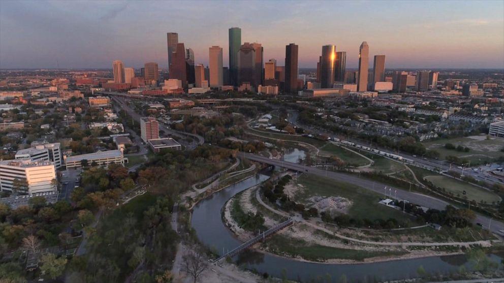 1. Texas eyaleti büyük olduğu kadar gezilecek güzel yerlere de sahiptir.