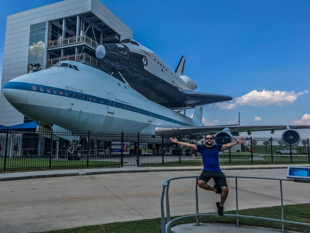 4. Ünlü uzay üssü NASA Johnson Space Center buradadır.