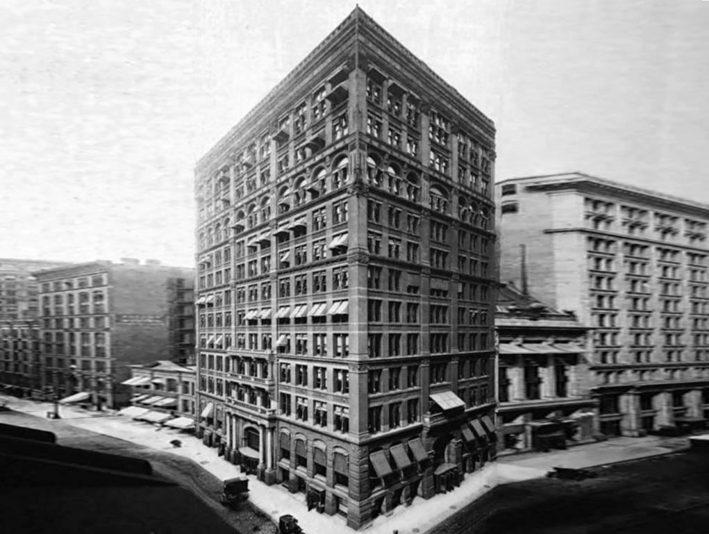 1. Dünyanın ilk gökdeleni Chicago'da inşa edilmiştir.