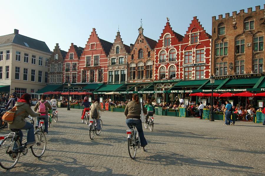 9. Belçika'da UNESCO korumasında olan 17 ayrı yer var.