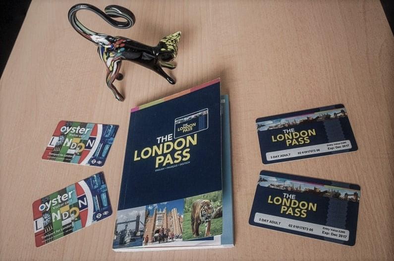 5. Londra'da ulaşım için Oyster Card öneririm.
