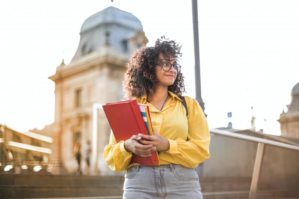 8-Kanada'da dil eğitiminden sonra, akademik programlara geçiş yapabilir miyim?